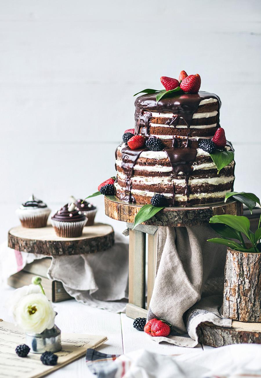 Chocolat naked wedding ckae