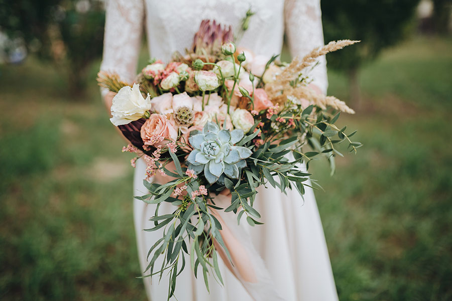 Succulent wedding bouquet ideas omaha lace cleaners succulent wedding bouquet ideas junglespirit Choice Image
