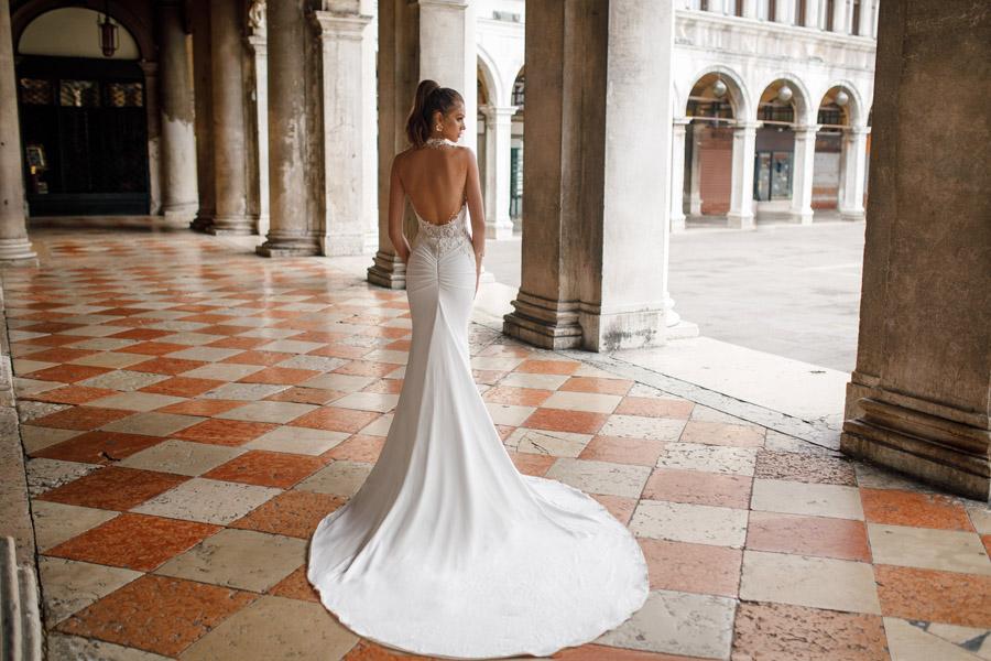 Julie Vino's Spring 2018 bridal Venezia Collection -4