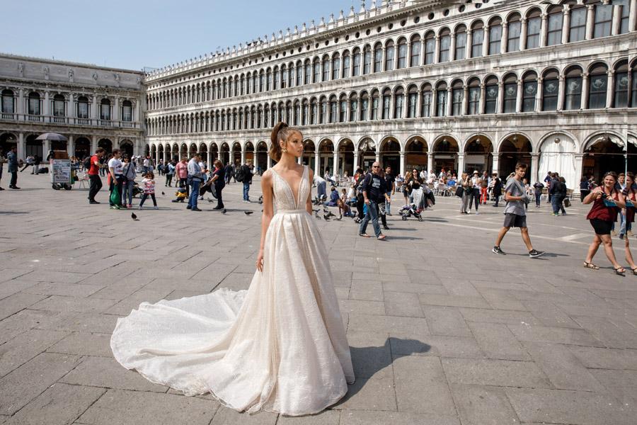 Julie Vino's Spring 2018 bridal Venezia Collection -10