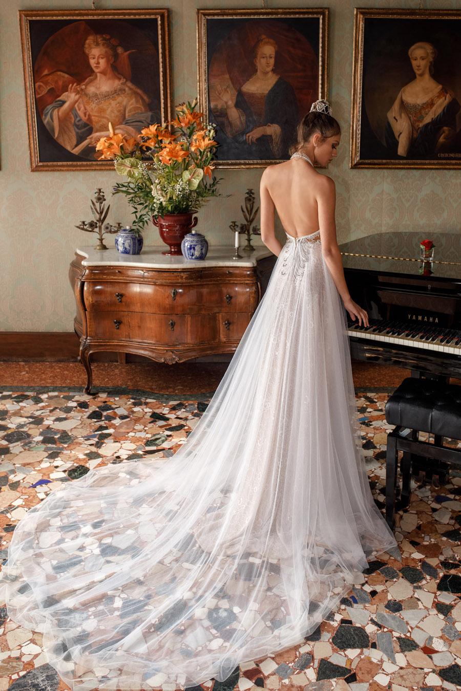 Julie Vino's Spring 2018 bridal Venezia Collection -16
