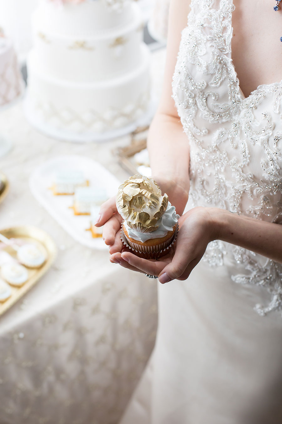 Elegant Blue, Pink and Gold Wedding Inspiration - 5