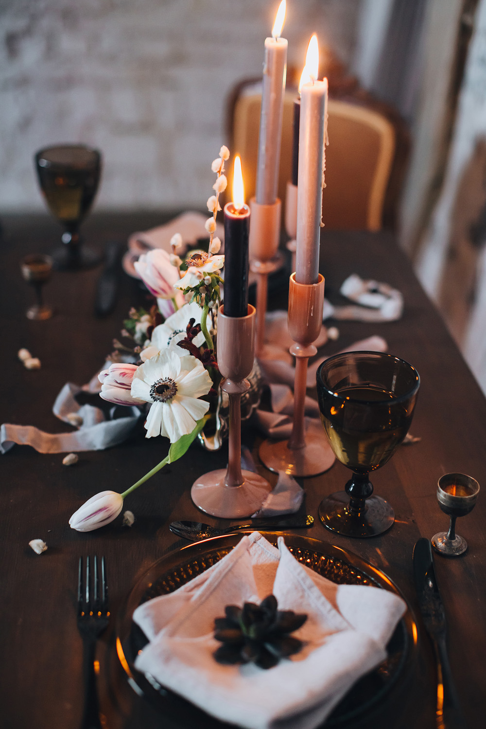 winter wedding inspiation close up of tabletop