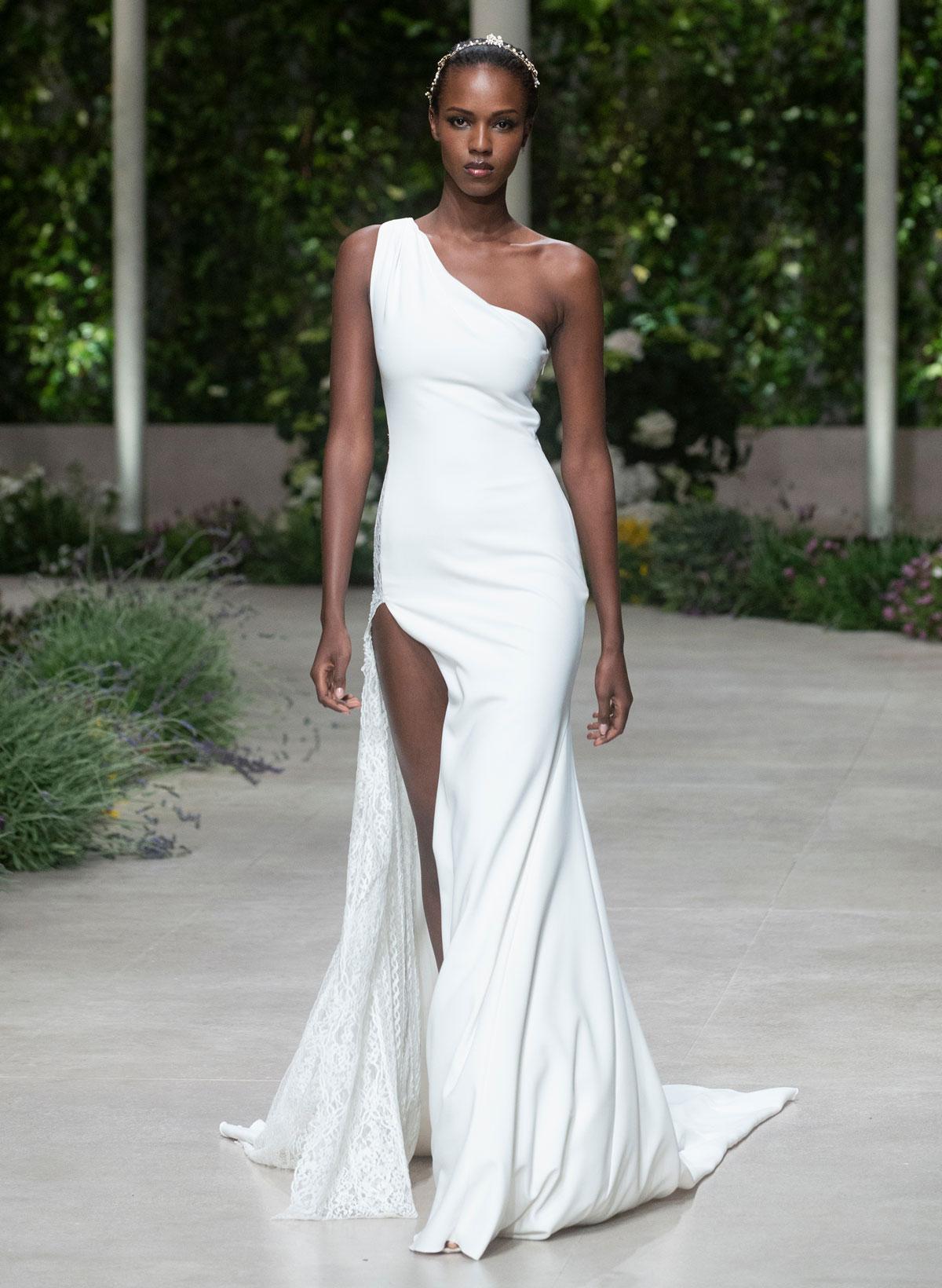 wedding dress trend - modern Minimalist by Pronovias